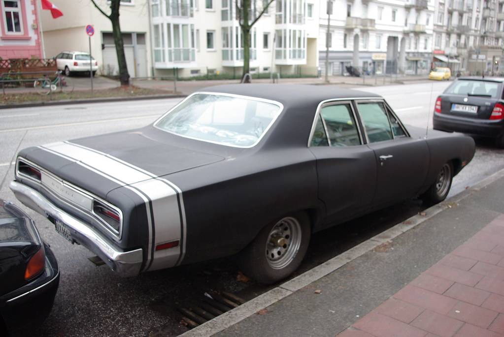 1970 dodge coronet 4 door