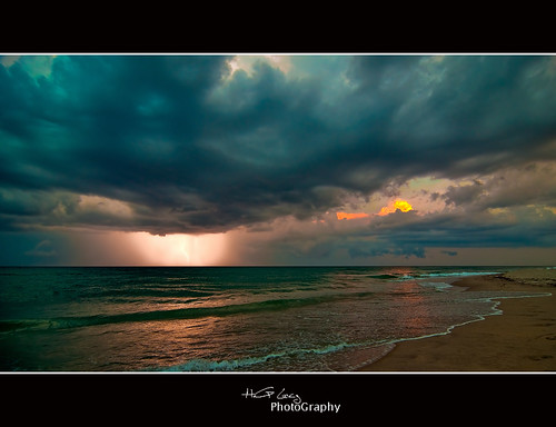 STORMY SUNSET | by Hector G Lincz