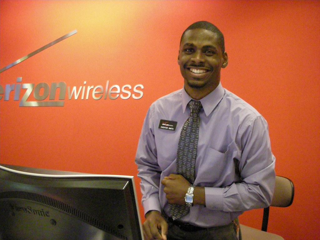 Chester Smith, Verizon Sales Representative | My Treo Smartp… | Flickr