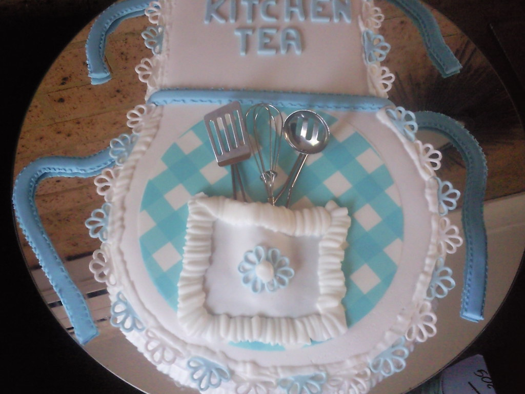 Kitchen Tea Cake Kitchen Tea Apron Cake More Detail First Time With Lace W Flickr