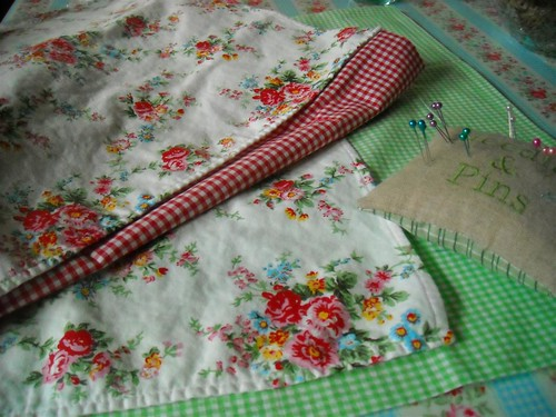 cushion planning with gingham and flowers | by Knitty, Vintage and Rosy