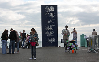 Brighton Seafront - Sept 2009 - Kissing in Public | by Gareth1953 All Right Now