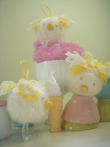 Yellow Spring Chicks ~ Keepsake Cakes | by ittybittybirdy