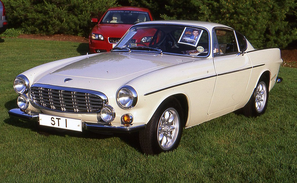 1965 Volvo 1800S coupe \