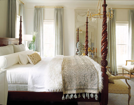White bedroom + four poster bed: 'Moonlight White' by Benjamin Moore | by SarahKaron