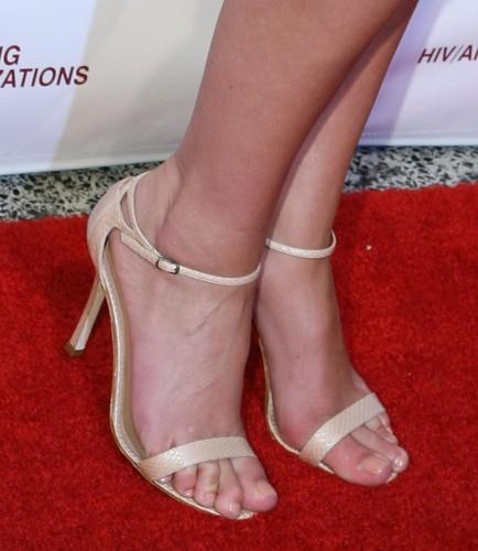 Katherine Heigl feet (9) | ♠I Love Feet & Shoes♠ | Flickr Katherine Heigl Blog