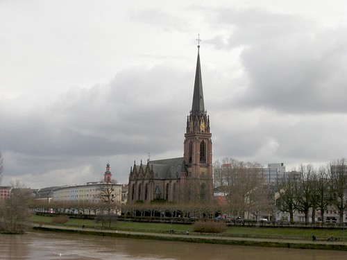 Church of the Epiphany, or Three Kings (Dreikönigskirche), on the other side of the Eiserner Steg in Sachsenhausen | by 41Dodge