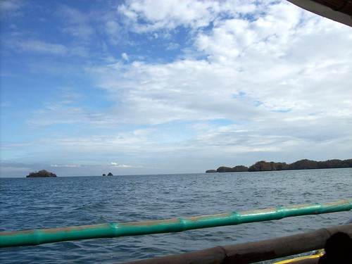 hundred islands how to get there