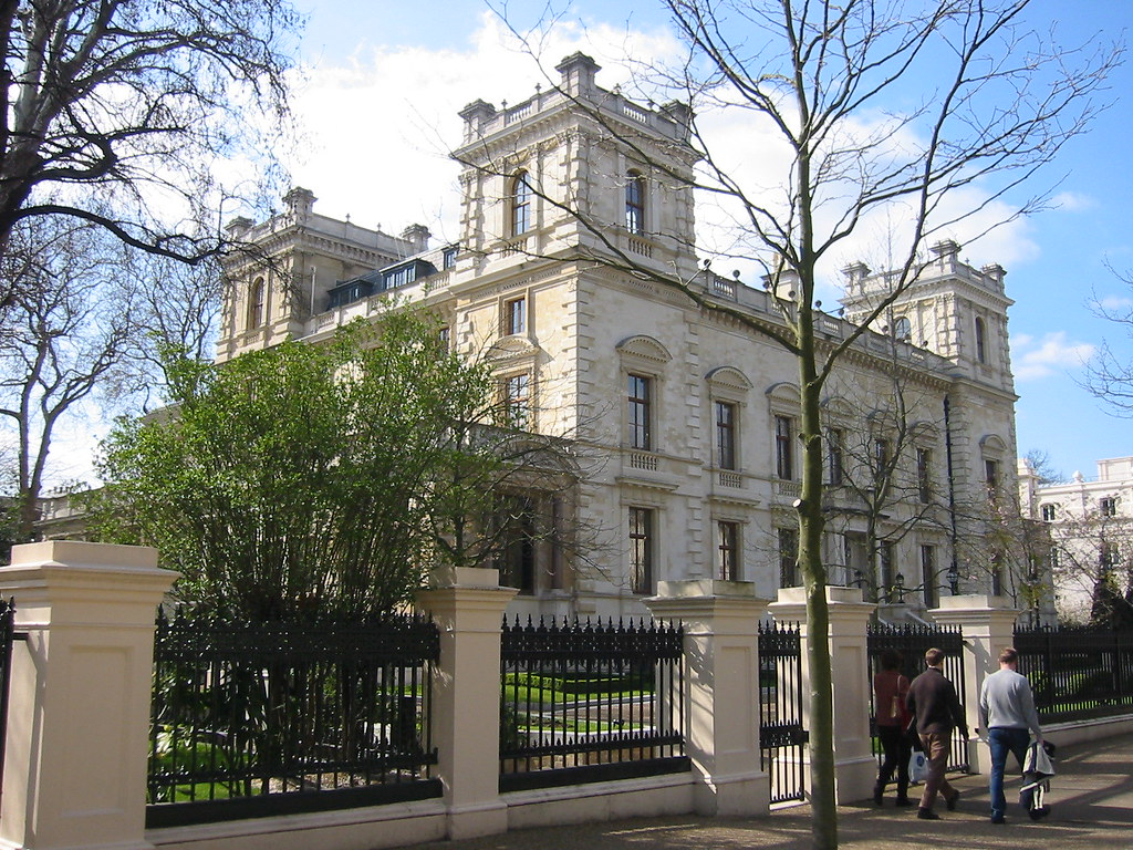 ... 18   19 Kensington Palace Gardens W8 | By Jamie Barras