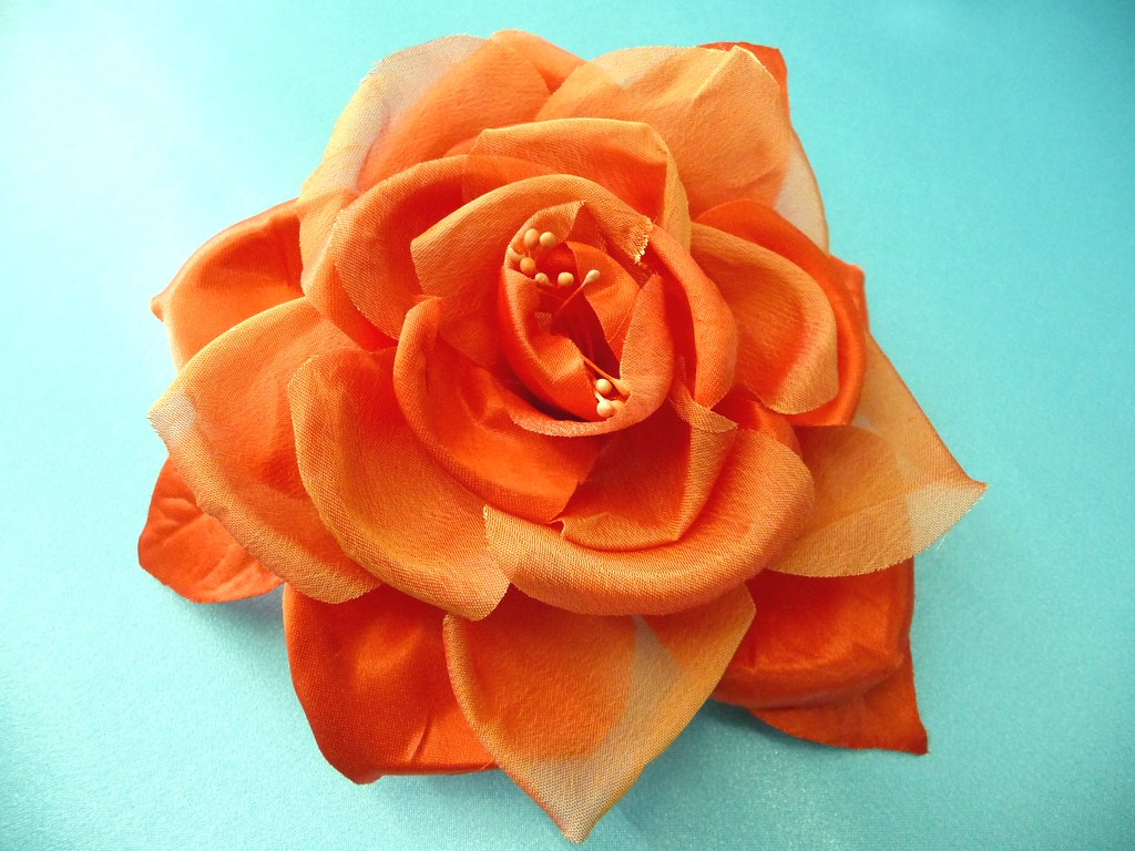 Flores de tela hechas a mano flickr - Flores de telas hechas a mano ...