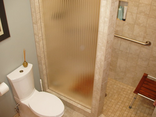 Alvarez shower with fluted glass embedded in tile | by EddieSanford