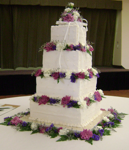 Wedding Cakes In The Livonia Area