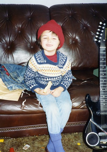 Four-year-old Sam with my first electric guitar | by Tané Tachyon