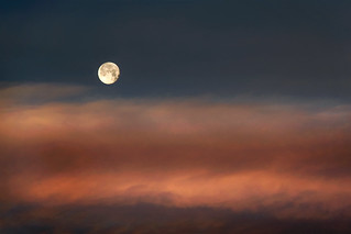 Moon set | by ongopt50