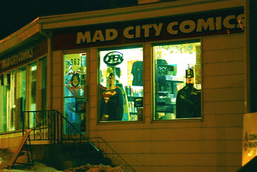 mad city movie review Mad city is for those who haven't seen enough movies about hostage situations it's also for those who haven't seen enough ponderous movies about media exploitation, or dustin hoffman's ongoing reliance on muttery method acting.