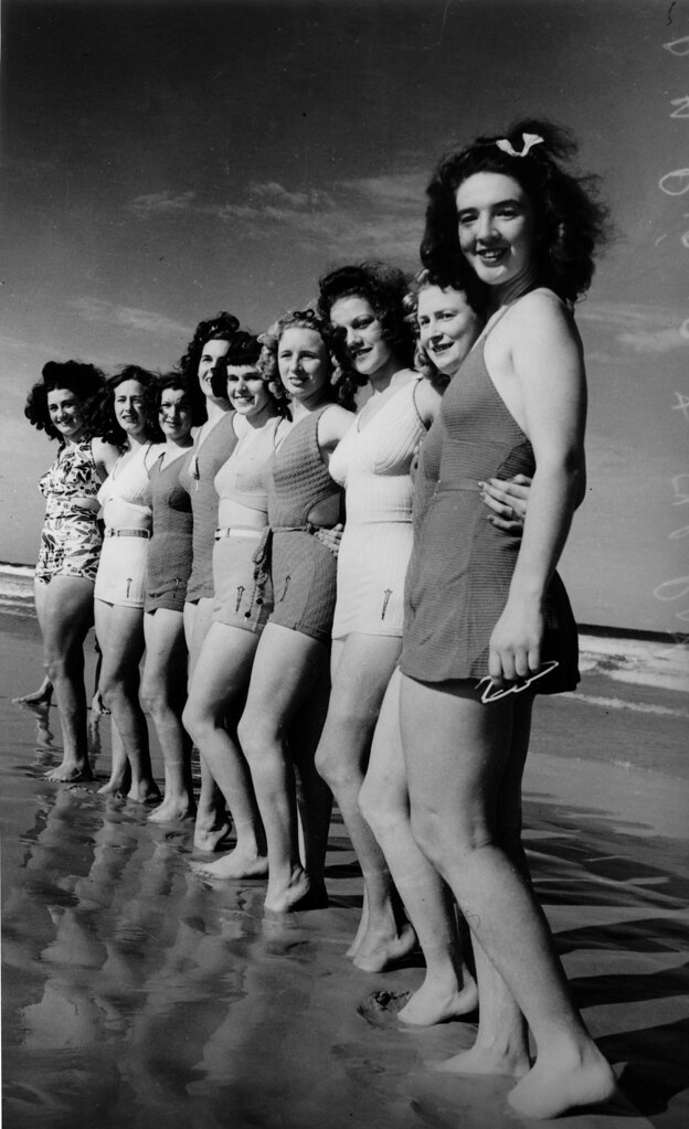 Lineup Of Girls In Bathing Costumes At The Beach In The La Flickr