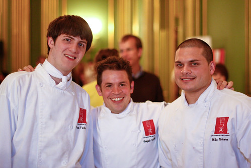 L 39 academie de cuisine students volunteering at taste of th for Academie de cuisine