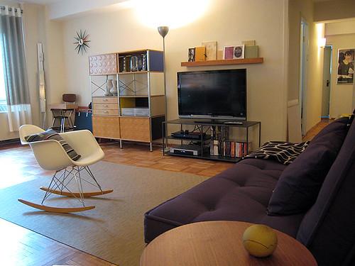 Living Room W View Of Mini Art Studio 7 09