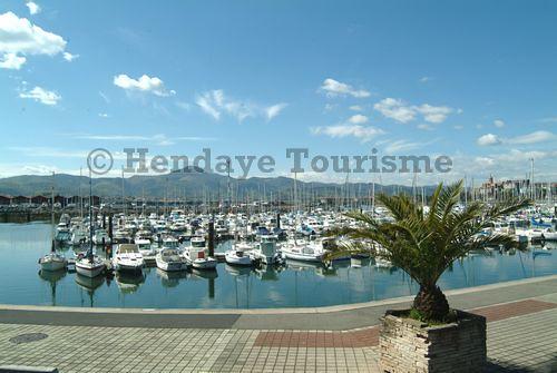 Port de plaisance office tourisme hendaye port de plaisa flickr - Port bourgenay office tourisme ...
