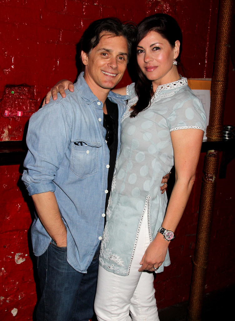Billy Warlock with wife Julie Pinson at 2011 AIDS Walk New York fundraiser