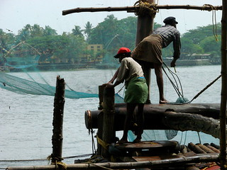 Workers on the Chinese Nets - Old Cochin - Kochi - India | by Adam Jones, Ph.D. - Global Photo Archive