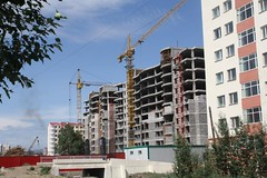 Unfinished apartment building in Ulaanbaatar, Mongolia | by East Asia & Pacific on the rise - Blog