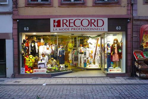 strasbourg devanture du magasin de confection record flickr. Black Bedroom Furniture Sets. Home Design Ideas