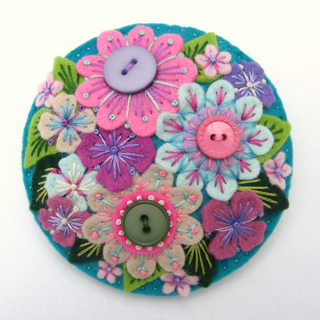 mini out how keep brooches fabric sew projects cut to on a needlework embroidery flower brooch hoop
