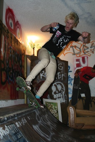 rrrr333_derek sportin the buurrrr.