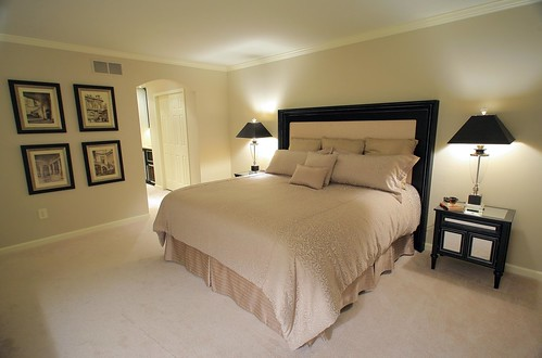 Master bedroom after the master suite features a large ma flickr - Quadri sopra il letto ...