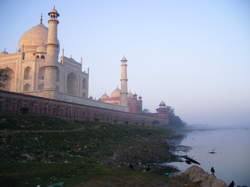 The back of the taj mahal