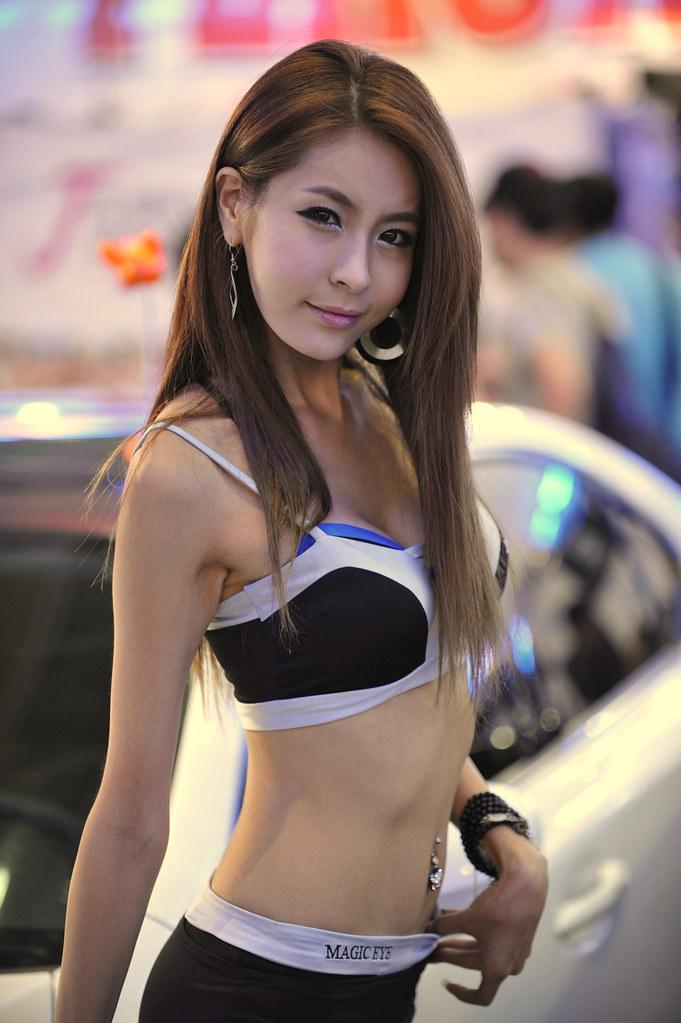 ผลการค้นหารูปภาพสำหรับ sexy korean girl with car