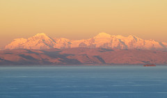 Sunset light on the Bolivian Andes. | by Waldemar*