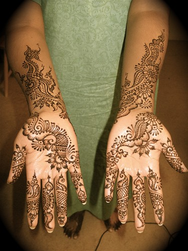 Bridal Mehndi Vancouver Bc : Arabic bridal henna the arms look a little jumbled she