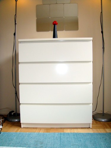 sold malm dresser white 4 drawers 52 4 drawer chest flickr. Black Bedroom Furniture Sets. Home Design Ideas