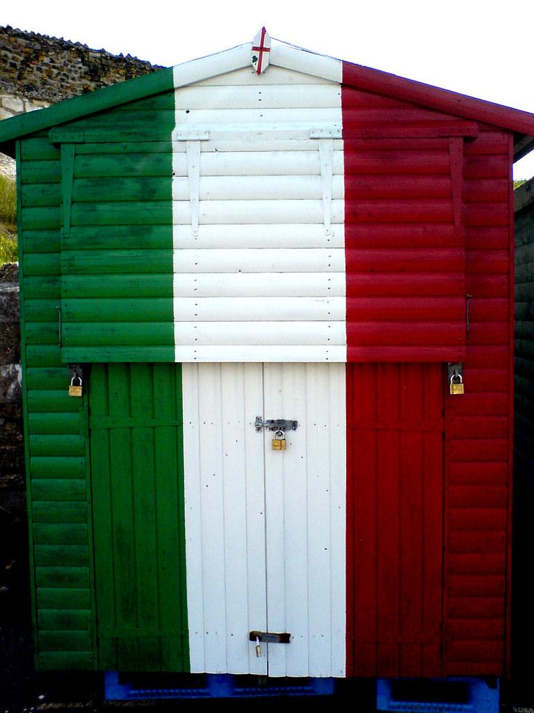 Italian flag beach hut | Westbrook/Westgate, of course... :)… | Flickr