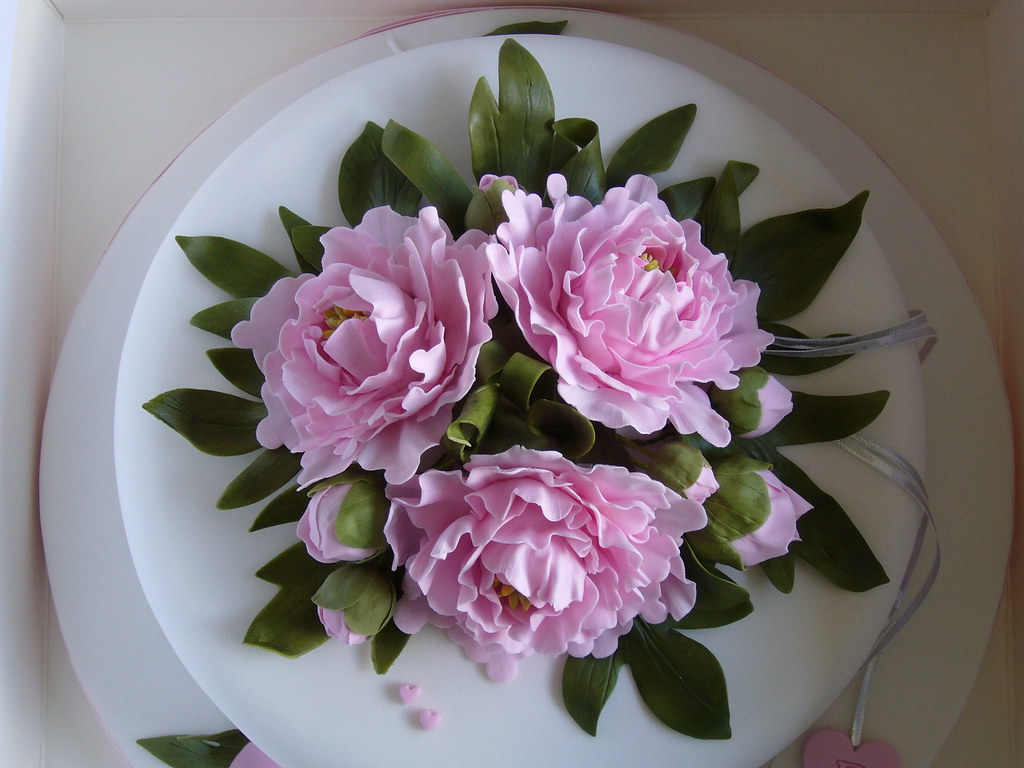 Silver anniversary cake top view sugar flowers pamela mccaffrey