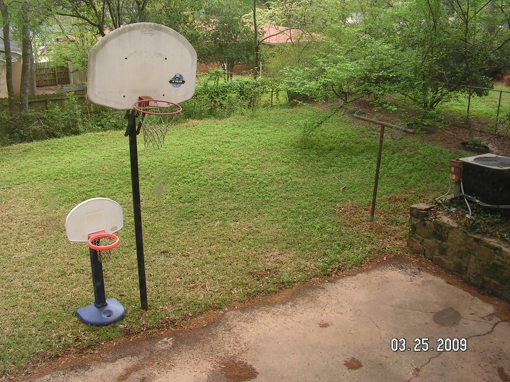 ... backyard/basketball hoop(s) | by tx_jenn1 - Backyard/basketball Hoop(s) Tx_jenn1 Flickr