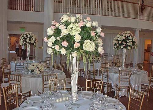 Rose Wedding Reception Flower Arrangement By Beikmann Asso Flickr