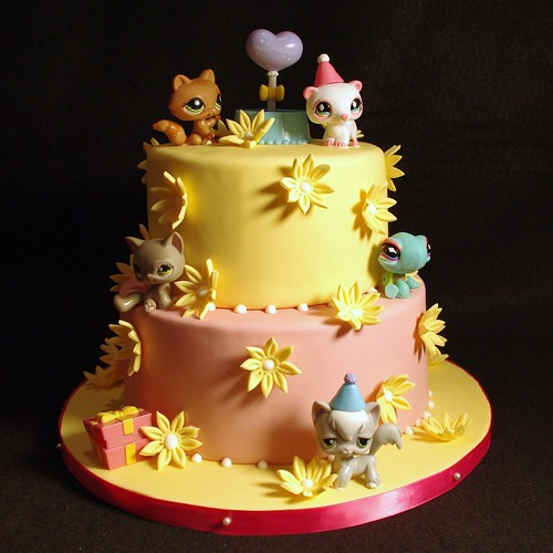 Littlest Pet Shop Birthday Cake | by wickedcakechick