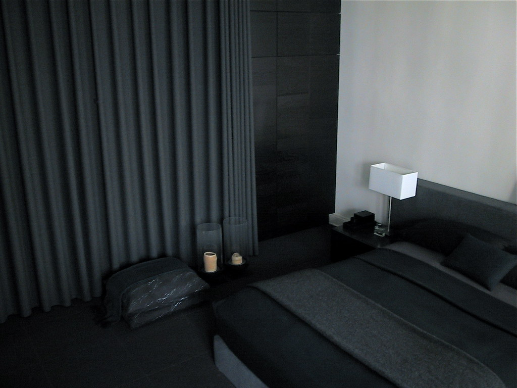 dark gray curtains in bedroom curtain menzilperde net. Black Bedroom Furniture Sets. Home Design Ideas