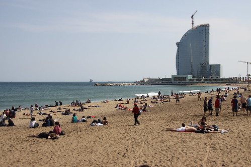 Sunny day at the beach in Barcelona | by Erwyn van der Meer