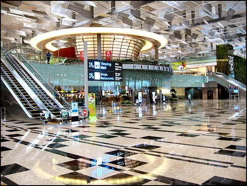 Changi Airport, Singapore | by Lincolnian (Brian) - BUSY, in and out
