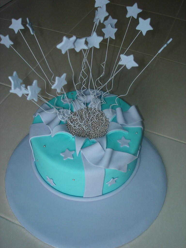 Planet Cake Exploding Stars Cake | I did my first Planet Cak… | Flickr
