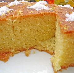 English Vanilla Sponge Cake Recipe