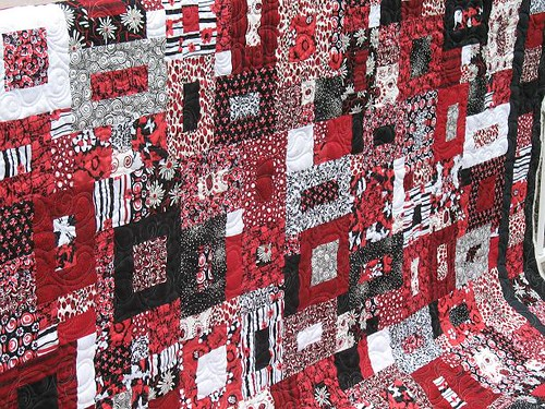Black, White and Red Allover - Vanity Fair pieced by Gloria | by maripenquilts