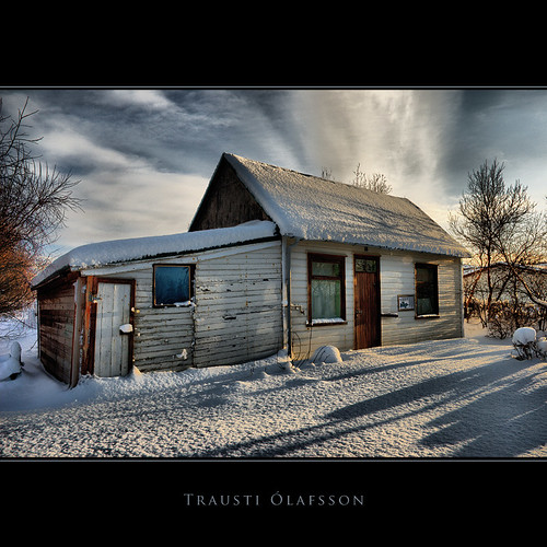 Short days, long shadows | by Trausti Ólafsson