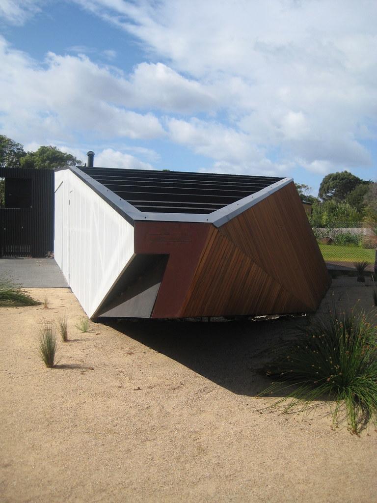 Letterbox House Mcbride Charles Ryans Letterbox House B Flickr - Letterbox-house-in-blairgowrie-australia