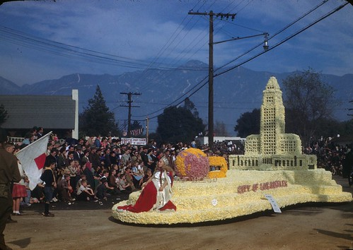 City of Los Angeles Float - 1946 Tournament of Roses Parade | by The Cardboard America Archives