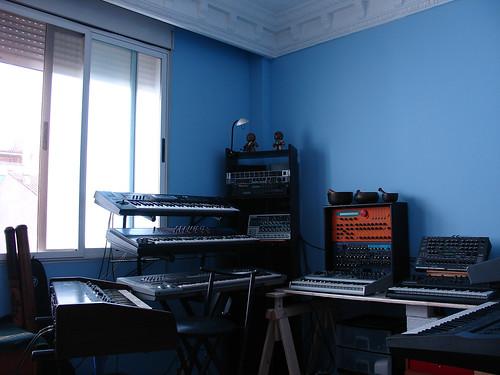 Kirlian Camera Blue Room  Ef Bf Bdbersetzung